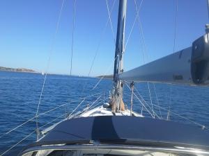 Nydelig å slappe av på dekk i disse omgivelsene på Costa Smeralda!